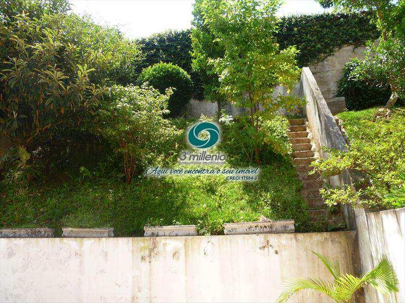 Sobrado de Condomínio em Cotia, bairro Pinus Park