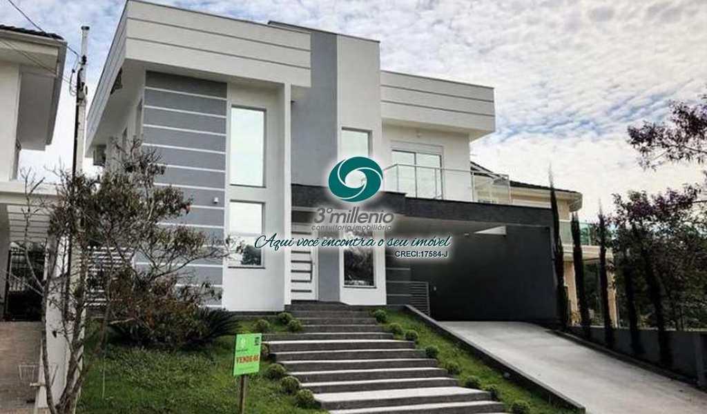 Casa em Cotia, bairro Reserva Vale Verde