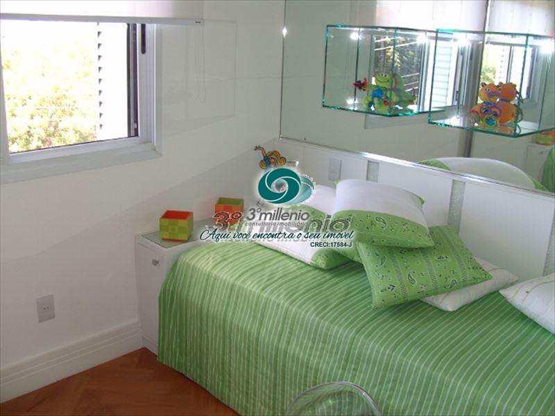 Casa de Condomínio em Cotia, no bairro Jardim Passárgada I