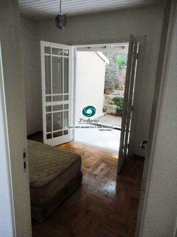 Sobrado de Condomínio em Cotia, bairro Granja Carneiro Viana