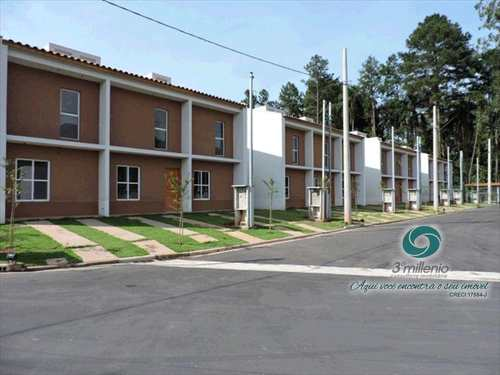 Casa, código 2259 em Cotia, bairro Jardim Maria Tereza