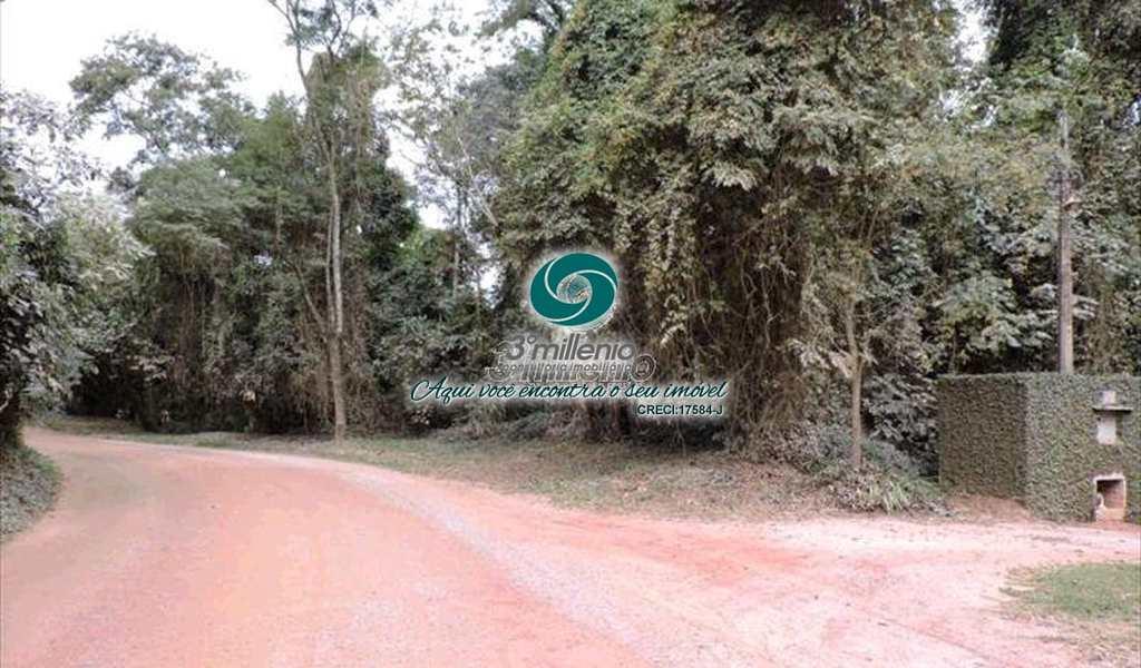 Terreno de Condomínio em Cotia, bairro Paisagem Renoir