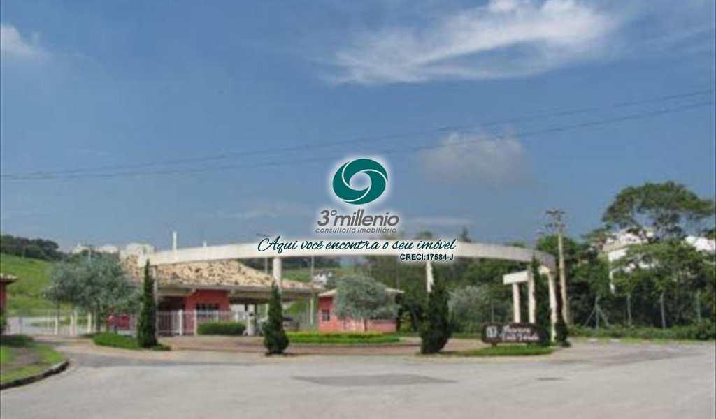 Terreno de Condomínio em Cotia, bairro Residencial dos Lagos