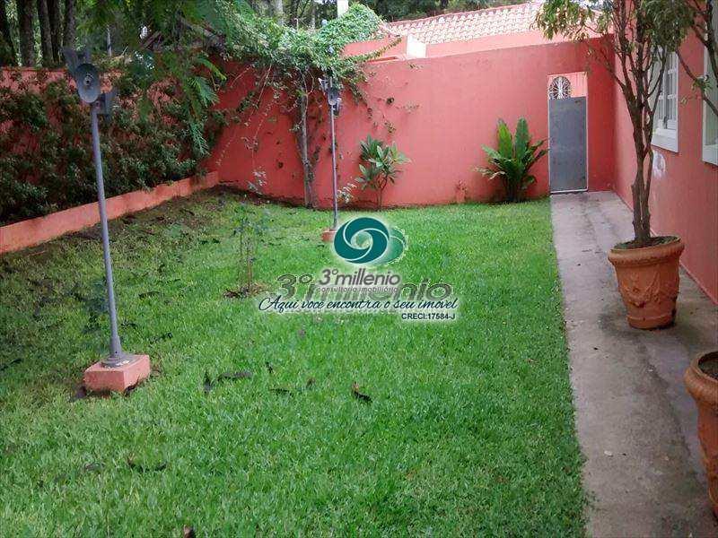 Casa de Condomínio em Carapicuíba, no bairro Jardim Colonial