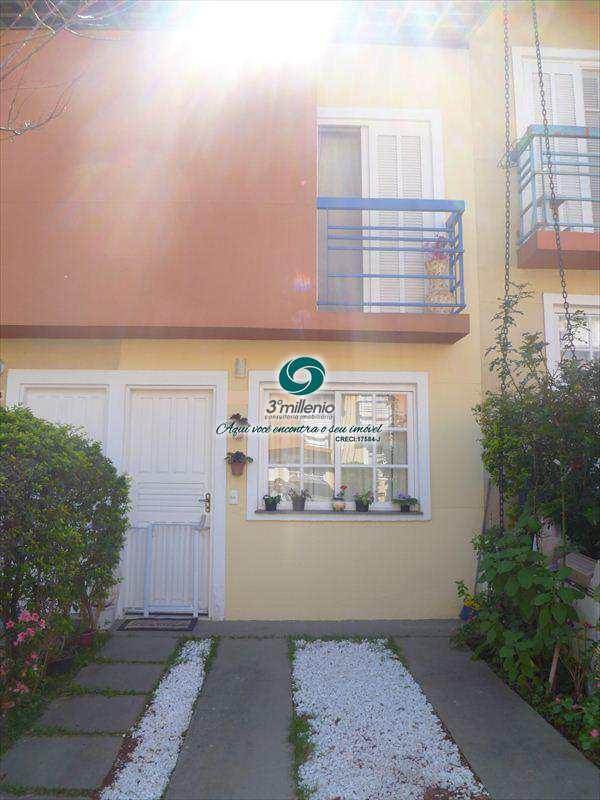 Casa de Condomínio em Cotia, bairro Jardim Guerreiro