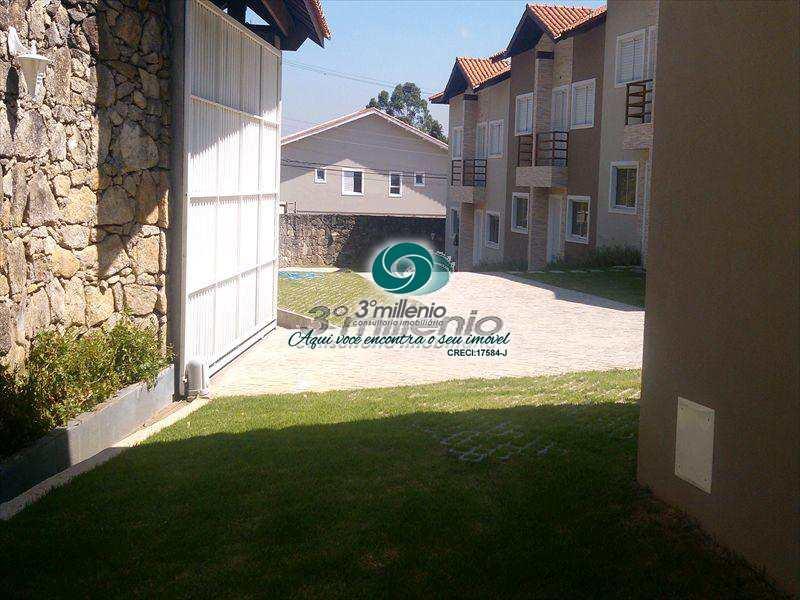 Casa de Condomínio em Cotia, no bairro Granja Viana