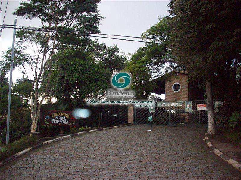 Terreno de Condomínio em Carapicuíba, bairro Granja Viana