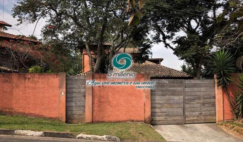 Casa em Carapicuíba, bairro Chácara dos Lagos