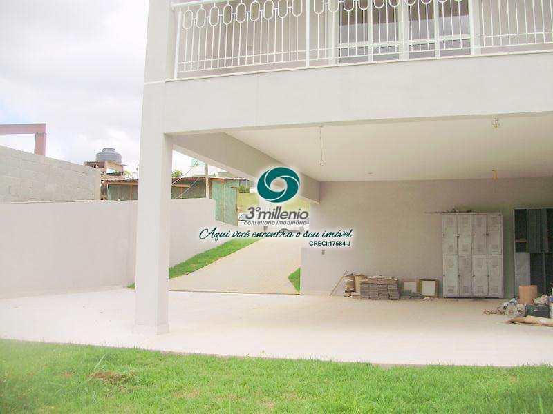 Casa de Condomínio em Cotia, bairro Chácaras São Carlos