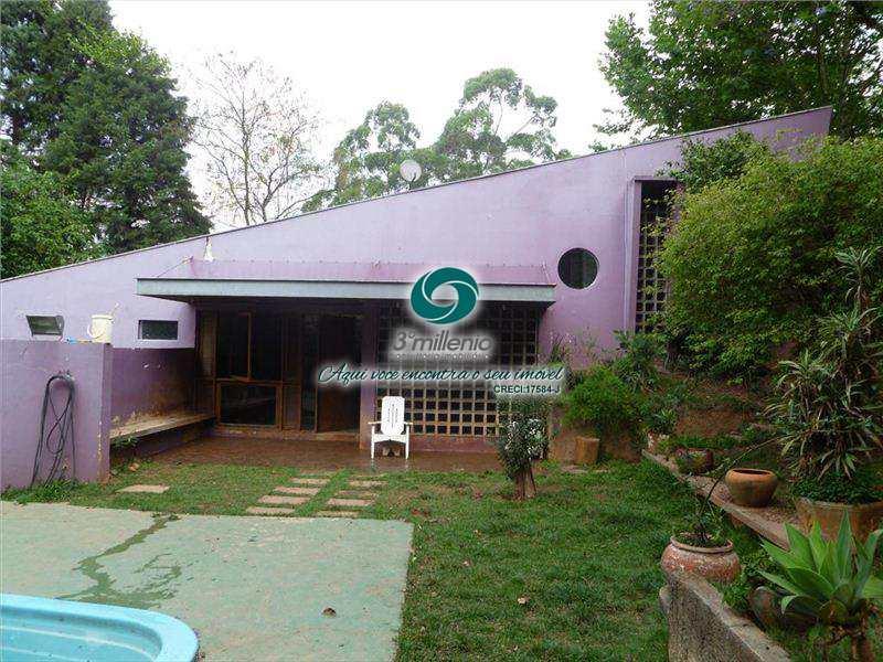 Casa de Condomínio em Carapicuíba, bairro Chácara do Refúgio
