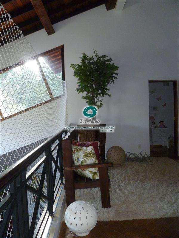 Casa em Carapicuíba, no bairro Chácara das Candeias