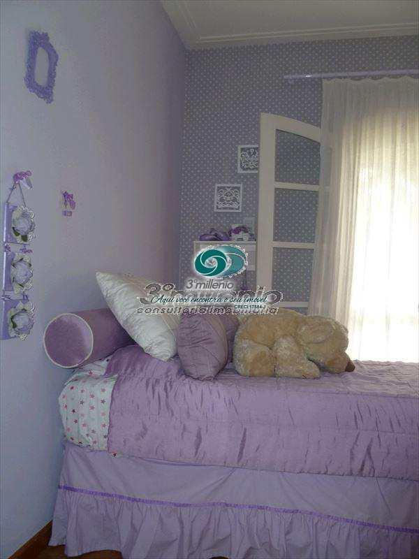 Casa de Condomínio em Jandira, bairro Condomínio Forest Hills