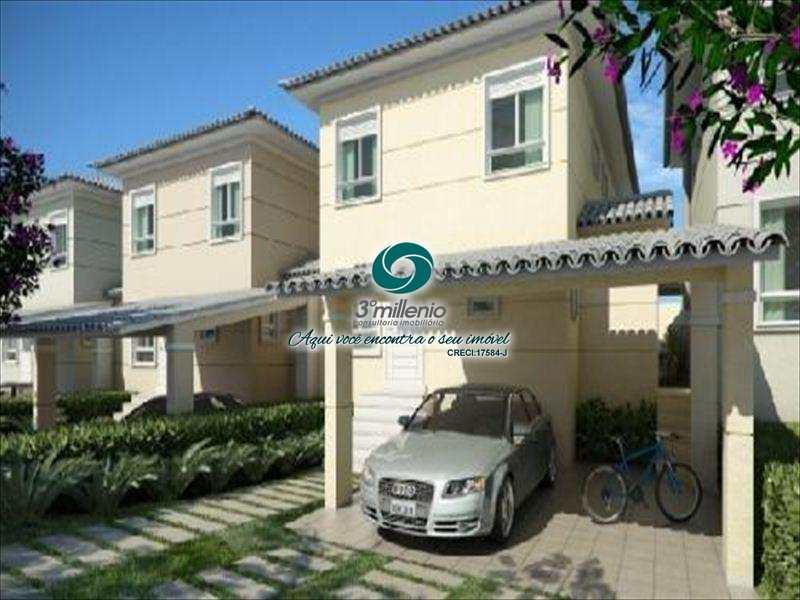 Casa de Condomínio em Cotia, bairro Jardim da Glória