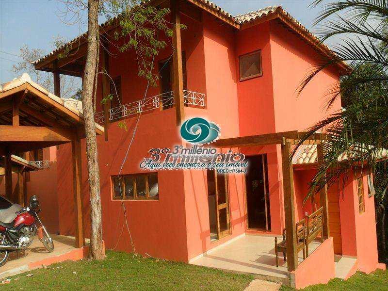 Casa de Condomínio em Carapicuíba, bairro Chácara dos Lagos
