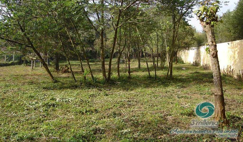 Terreno de Condomínio em Carapicuíba, bairro Jardim Colonial