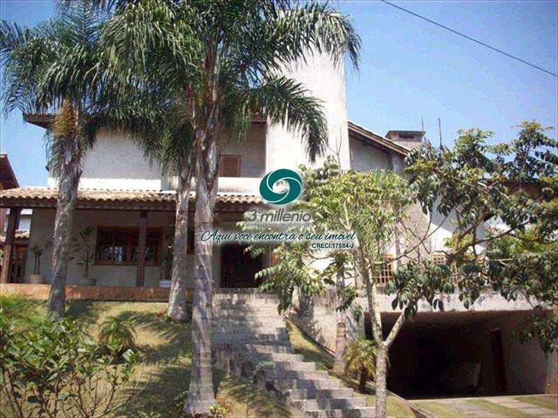 Sobrado de Condomínio em Embu das Artes, no bairro Área Rural de Embu das Artes