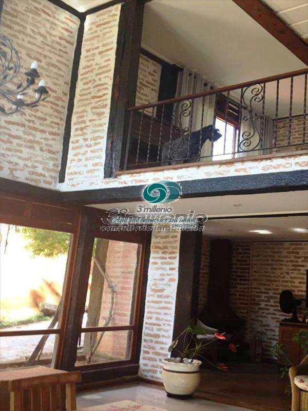 Sobrado de Condomínio em Cotia, bairro Chácaras do Refúgio-Granja Viana