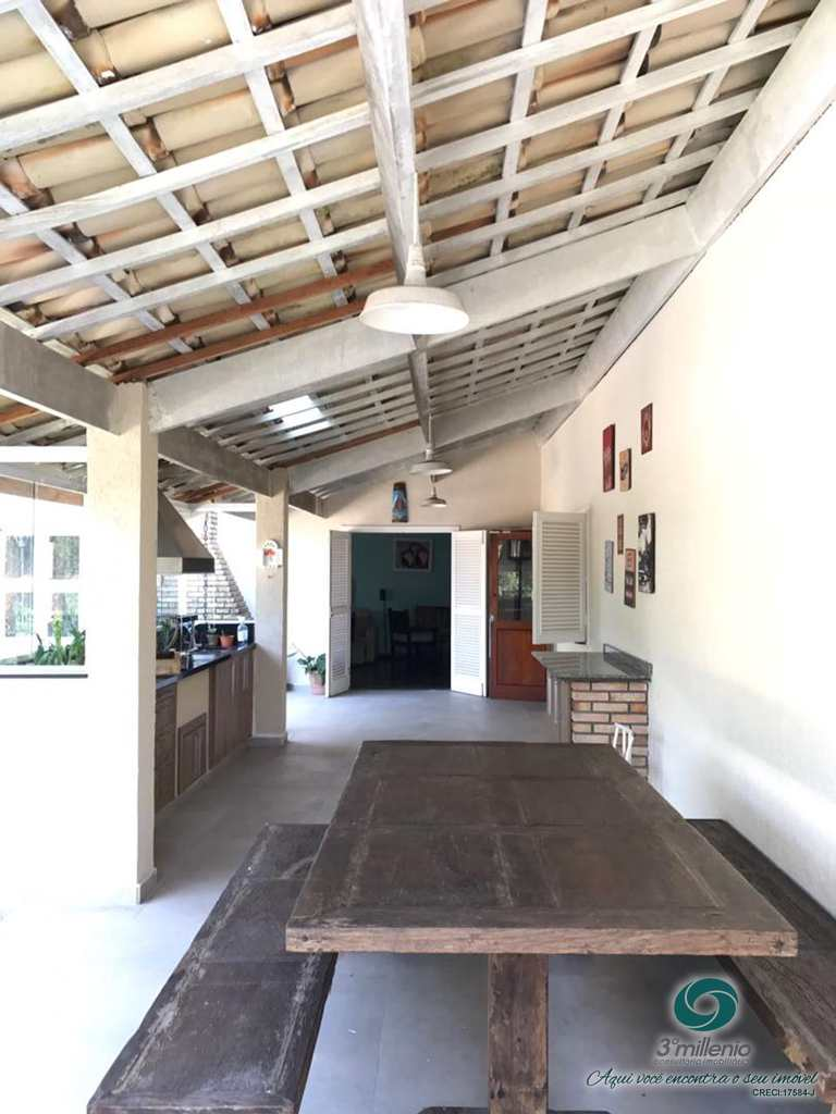 Casa em Cotia, no bairro Algarve