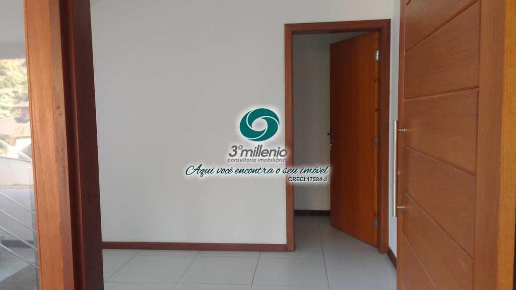 Sobrado de Condomínio em Carapicuíba, no bairro Pousada dos Bandeirantes