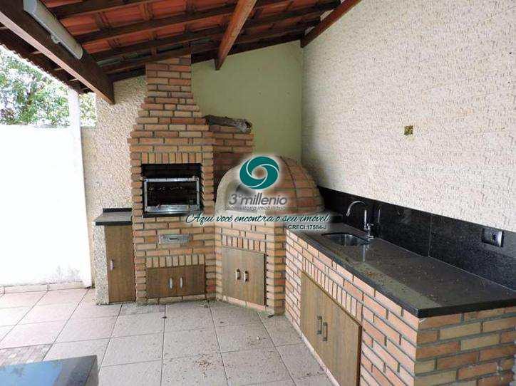 Casa de Condomínio em Cotia, bairro Jardim Belizário