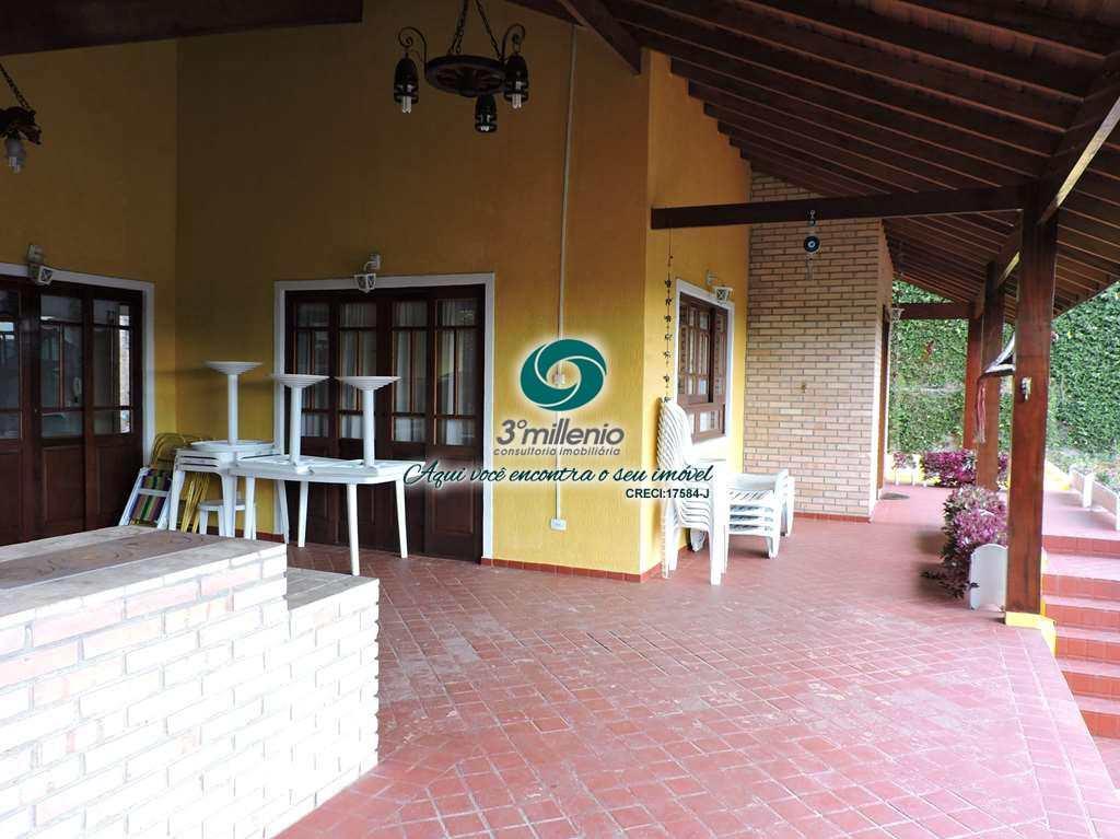 Casa em Carapicuíba, bairro Chácara Vale do Rio Cotia