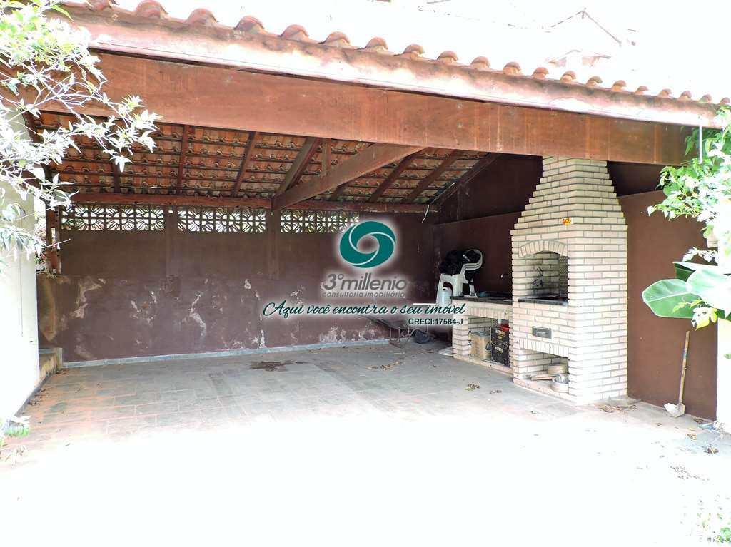 Casa em Cotia, no bairro Chácara Ondas Verdes