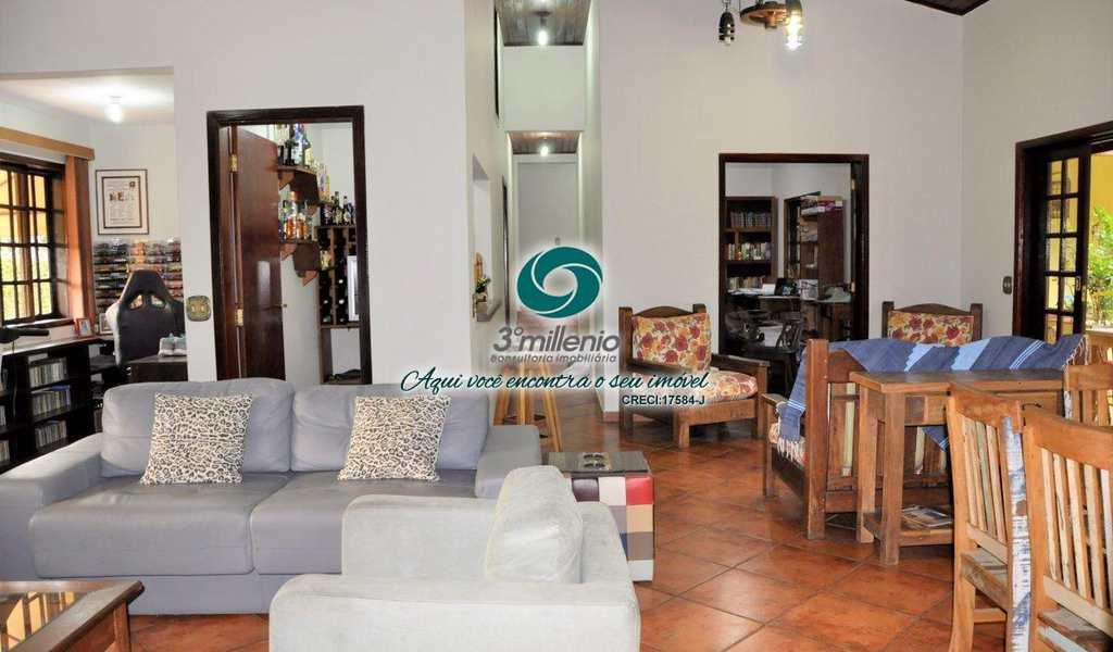 Casa de Condomínio em Cotia, bairro Parque Dom Henrique