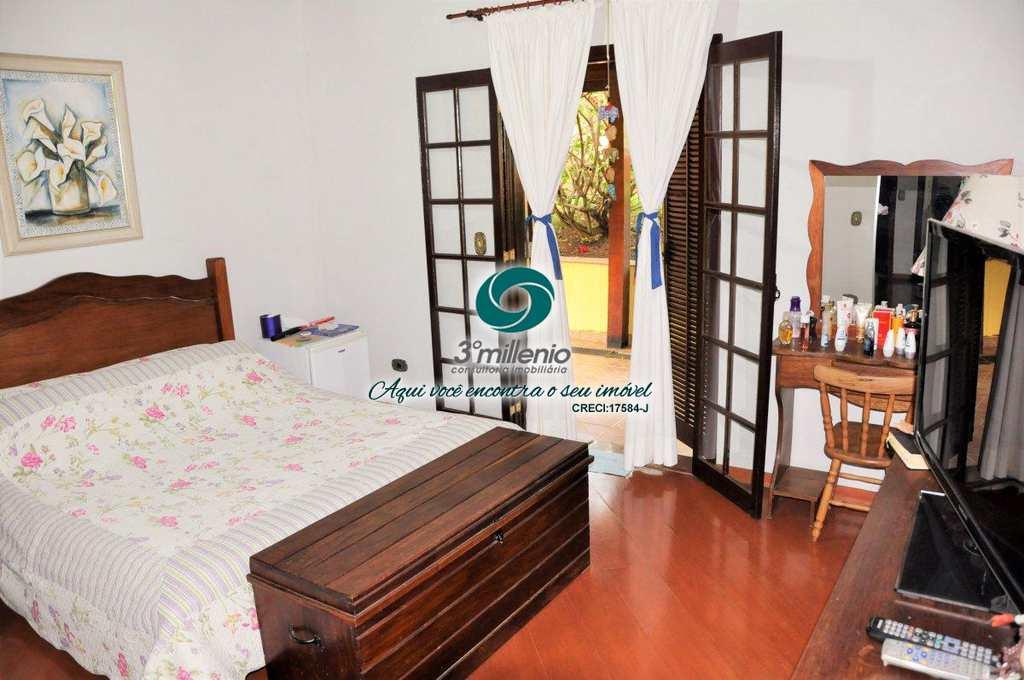 Casa de Condomínio em Cotia, no bairro Parque Dom Henrique