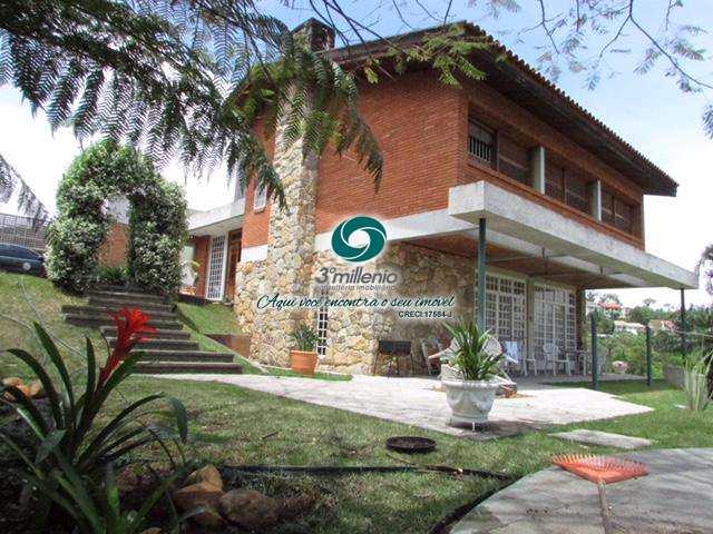 Casa em Carapicuíba, no bairro Chácara Santa Lúcia dos Ypes