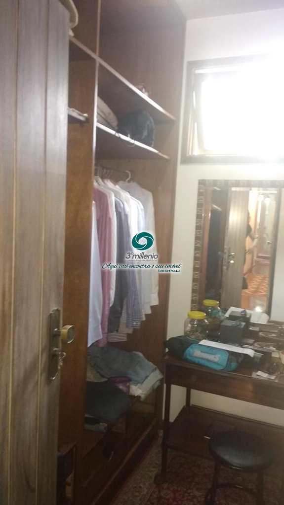 Casa de Condomínio em Jandira, no bairro Chácaras do Peroba