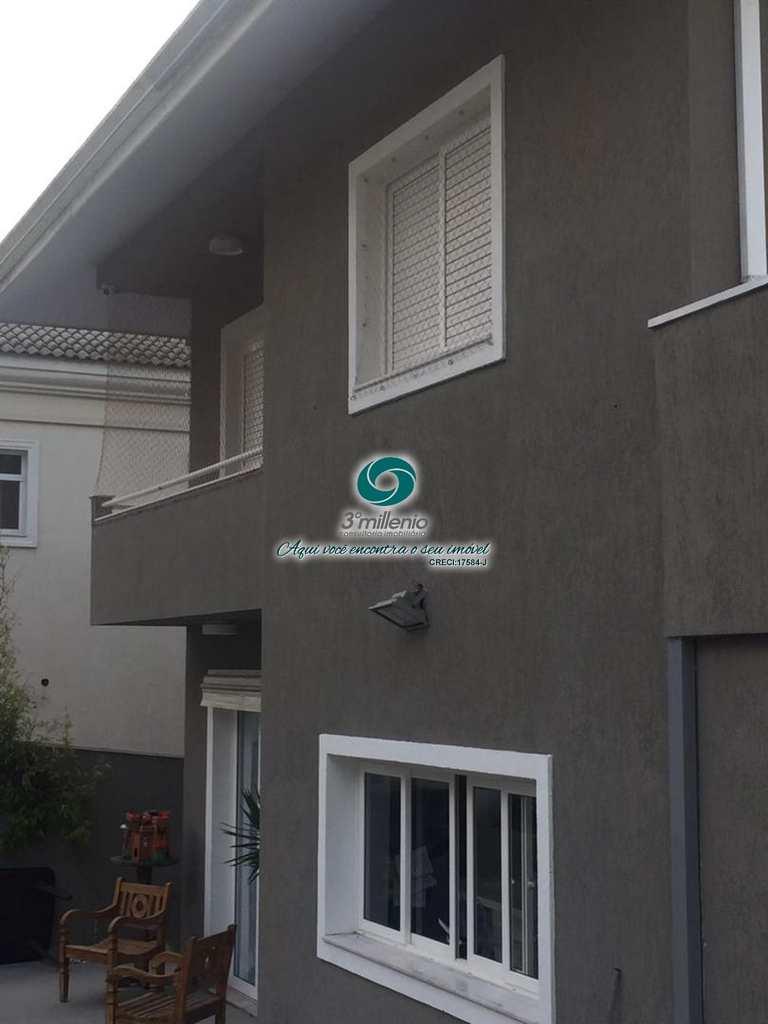 Casa em Cotia, no bairro Quinta de São Fernando