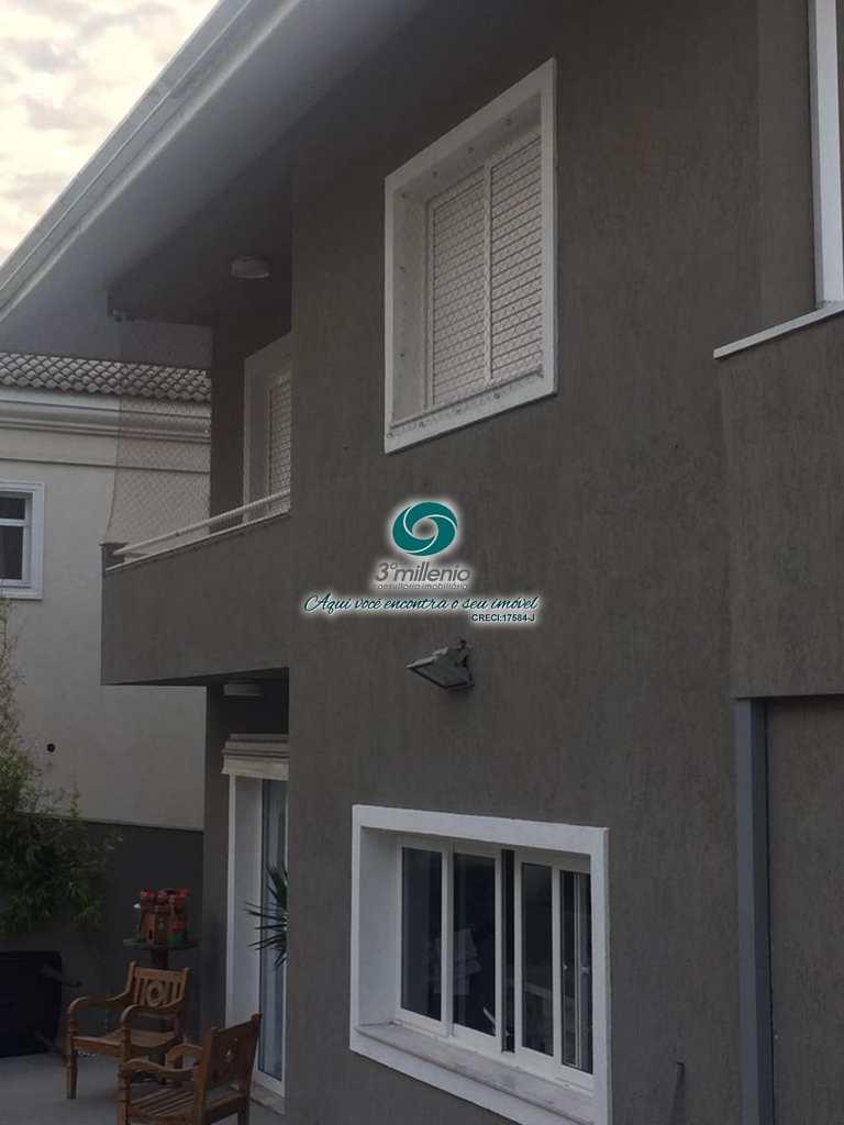 Casa de Condomínio em Cotia, no bairro Pitas