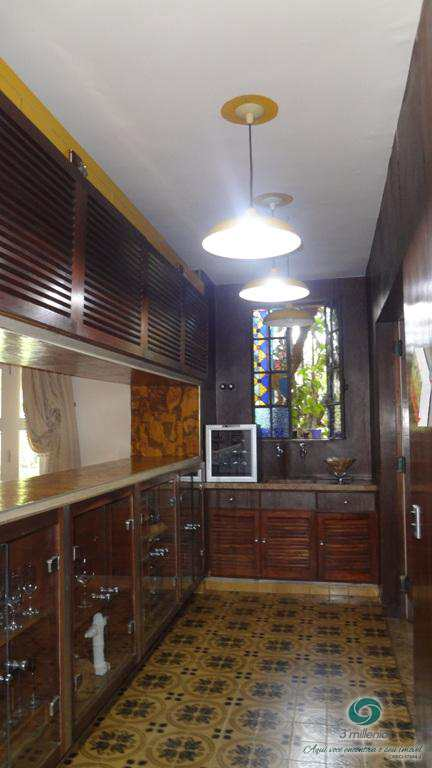 Casa em Carapicuíba, no bairro Fazendinha