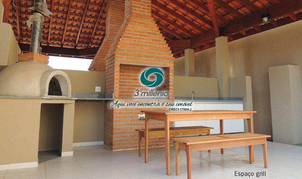 Apartamento em Carapicuíba, bairro Villas da Granja Condomínio Clube
