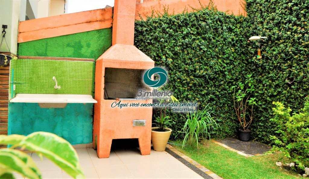 Casa em Cotia, bairro Vila D´este