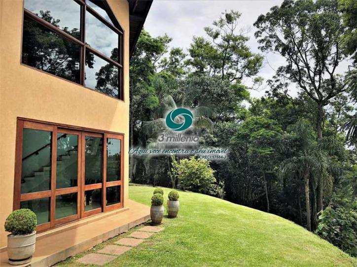Casa em Carapicuíba, bairro Parque Primavera