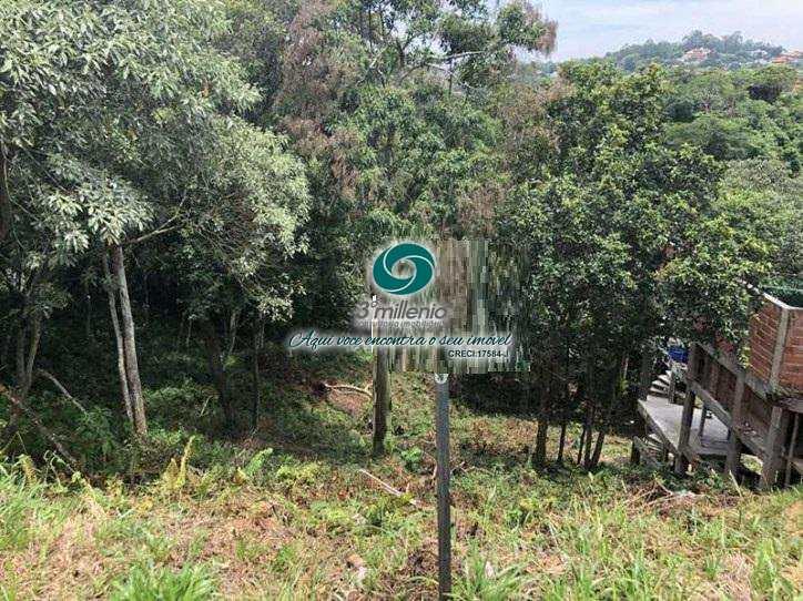 Terreno em Carapicuíba, bairro Golf Gardens