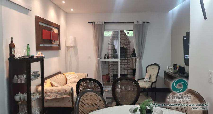 Casa em Cotia, bairro Paisagem Renoir