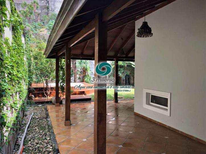 Casa em Jandira, no bairro Parque Nova Jandira