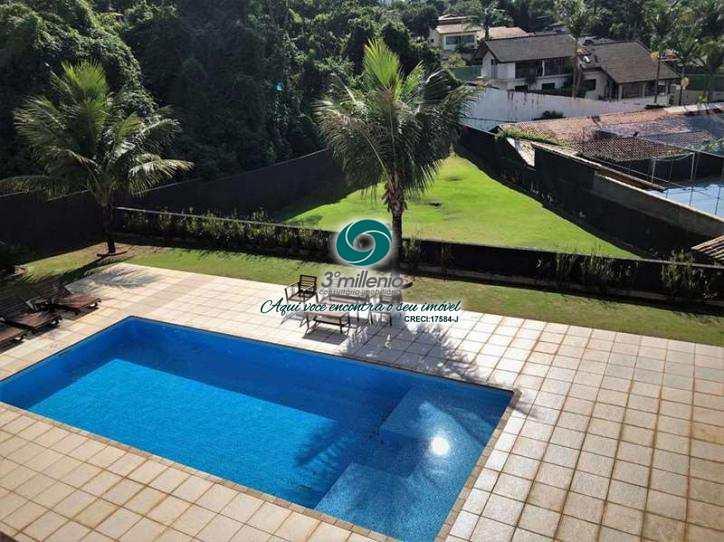 Casa em Cotia, no bairro Granja Viana II - Gleba I