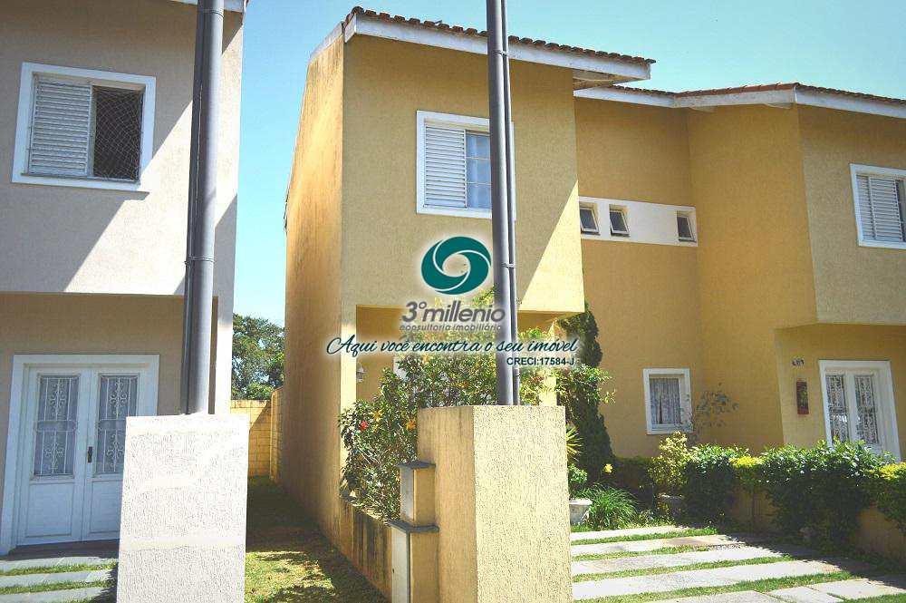 Casa em Cotia, bairro Villas da Granja I