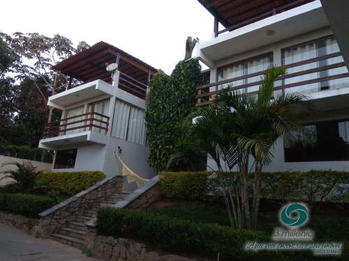 Casa, código 30505 em Cotia, bairro Gramado