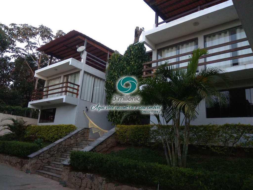 Casa em Cotia, no bairro Gramado