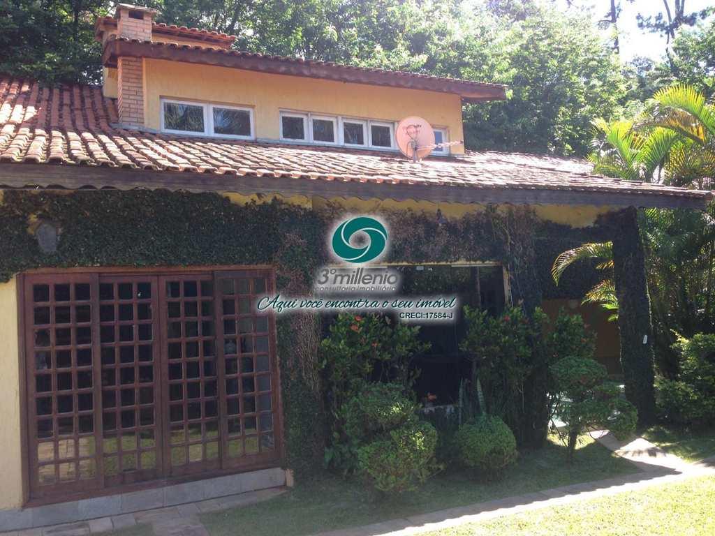 Casa em Carapicuíba, no bairro Granja Viana
