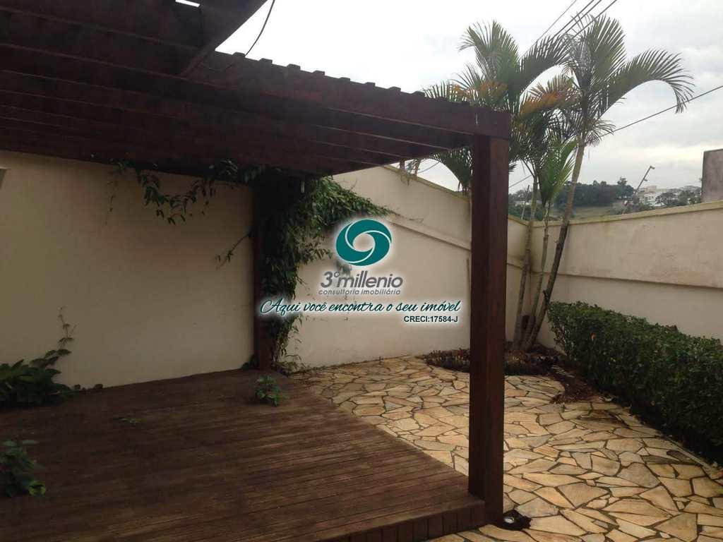 Casa em Cotia, no bairro Residencial Moradas da Granja
