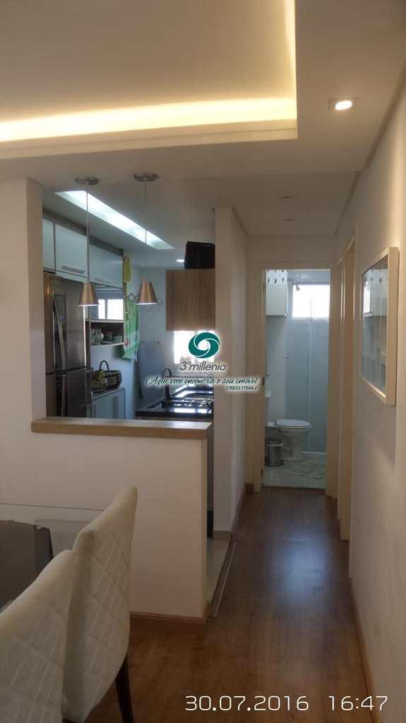 Apartamento em Cotia, no bairro Jardim Santa Izabel