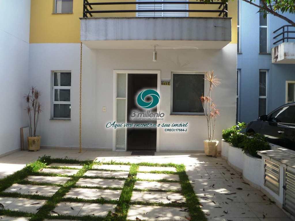 Casa em Cotia, no bairro New Village