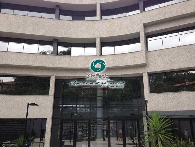 Sala Comercial em Cotia, no bairro Bosque do Vianna