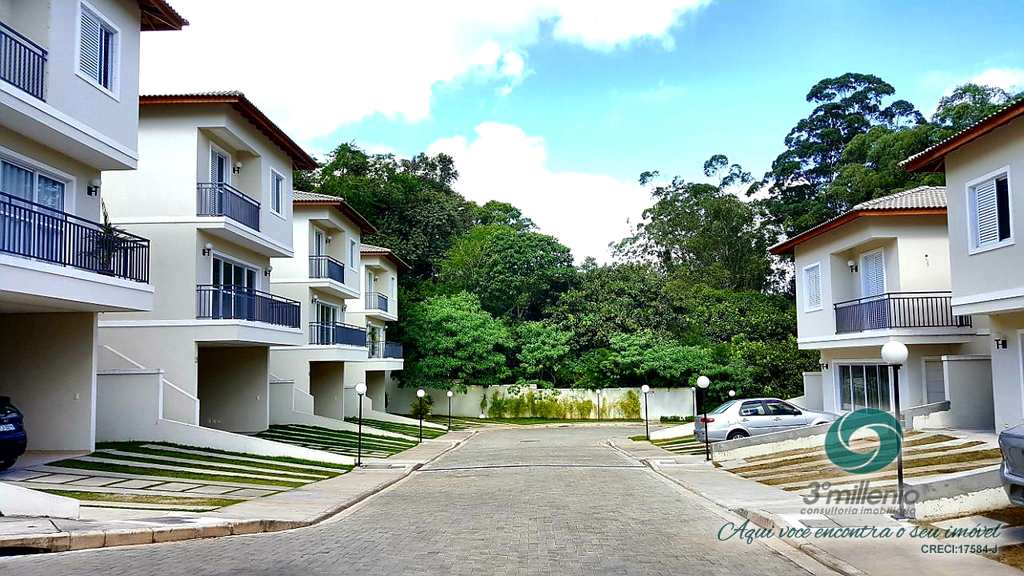 Casa em Carapicuíba, no bairro Chácara do Refúgio
