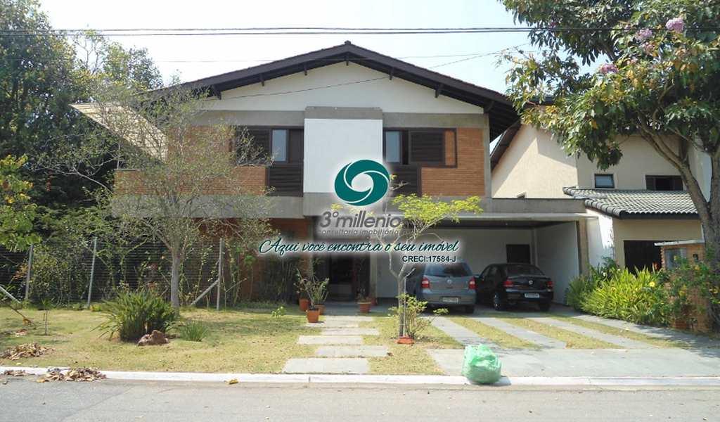 Casa em Santana de Parnaíba, bairro Alphaville